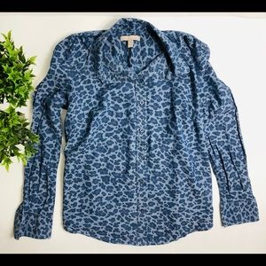 Banana republic blue cheetah print button down